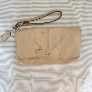 Tan Patent Leather Coach Envelope Clutch Wristlet
